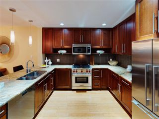 Photo 12: 1 828 Rupert Terr in : Vi Downtown Row/Townhouse for sale (Victoria)  : MLS®# 862421