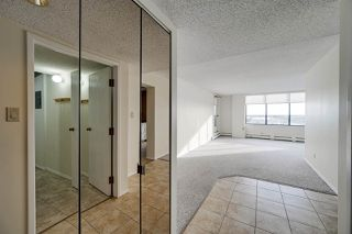 Photo 2: 703 8340 JASPER Avenue in Edmonton: Zone 09 Condo for sale : MLS®# E4224987