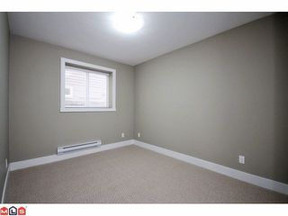 "Photo 9: 21051 80A AV in Langley: Willoughby Heights House for sale in ""Yorkson South"" : MLS®# F1205658"