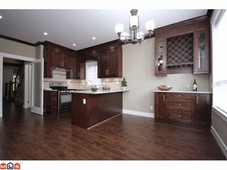 "Photo 3: 21051 80A AV in Langley: Willoughby Heights House for sale in ""Yorkson South"" : MLS®# F1205658"