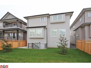 "Photo 10: 21051 80A AV in Langley: Willoughby Heights House for sale in ""Yorkson South"" : MLS®# F1205658"