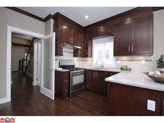 "Photo 5: 21051 80A AV in Langley: Willoughby Heights House for sale in ""Yorkson South"" : MLS®# F1205658"