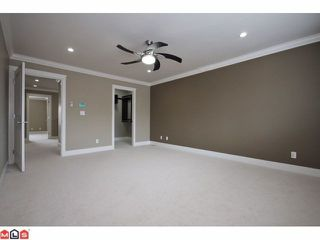 "Photo 6: 21051 80A AV in Langley: Willoughby Heights House for sale in ""Yorkson South"" : MLS®# F1205658"