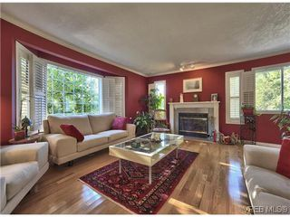 Photo 2: 916 Columbus Place in VICTORIA: La Walfred Residential for sale (Langford)  : MLS®# 315052