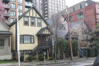 Main Photo: 439 Helmcken Street in Vancouver: Yaletown Home for sale (Vancouver West)  : MLS®# F3200611