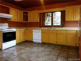 Photo 14: 1421 Fairfield Road in VICTORIA: Vi Fairfield West House for sale (Victoria)  : MLS®# 657848