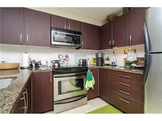 Photo 3: 205 7339 MACPHERSON Avenue in Burnaby: Metrotown Condo for sale (Burnaby South)  : MLS®# V1041731