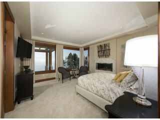 "Photo 5: 14373 MARINE Drive: White Rock House for sale in ""White Rock"" (South Surrey White Rock)  : MLS®# F1405169"