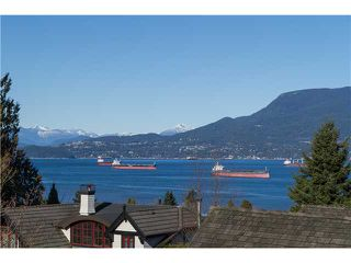 """Photo 1: 1966 SASAMAT Place in Vancouver: Point Grey House for sale in """"POINT GREY"""" (Vancouver West)  : MLS®# V1053175"""