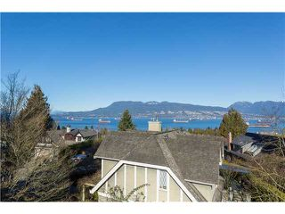 """Photo 5: 1966 SASAMAT Place in Vancouver: Point Grey House for sale in """"POINT GREY"""" (Vancouver West)  : MLS®# V1053175"""