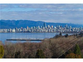 """Photo 4: 1966 SASAMAT Place in Vancouver: Point Grey House for sale in """"POINT GREY"""" (Vancouver West)  : MLS®# V1053175"""