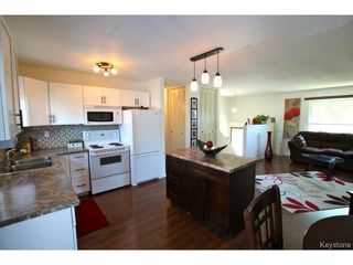 Photo 9: 7 Meighen Bay in WINNIPEG: East Kildonan Residential for sale (North East Winnipeg)  : MLS®# 1413076