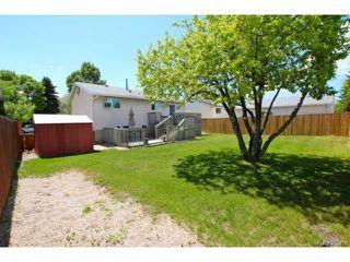 Photo 3: 7 Meighen Bay in WINNIPEG: East Kildonan Residential for sale (North East Winnipeg)  : MLS®# 1413076