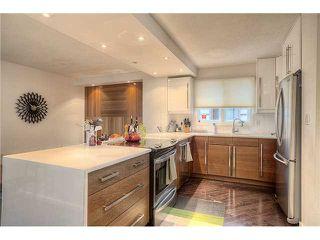 Photo 3: 2837 28 Street SW in Calgary: Killarney_Glengarry Residential Detached Single Family for sale : MLS®# C3637257