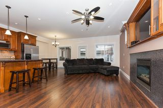 Photo 3: 14152 62B AV in : Sullivan Station House for sale : MLS®# F1401025