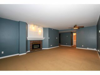 """Photo 7: 103 9978 148TH Street in Surrey: Guildford Condo for sale in """"HIGHPOINT GARDENS"""" (North Surrey)  : MLS®# F1430440"""