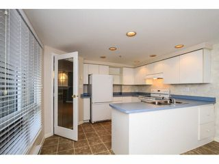 """Photo 8: 103 9978 148TH Street in Surrey: Guildford Condo for sale in """"HIGHPOINT GARDENS"""" (North Surrey)  : MLS®# F1430440"""