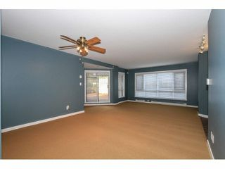 """Photo 5: 103 9978 148TH Street in Surrey: Guildford Condo for sale in """"HIGHPOINT GARDENS"""" (North Surrey)  : MLS®# F1430440"""