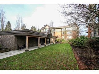 """Photo 2: 103 9978 148TH Street in Surrey: Guildford Condo for sale in """"HIGHPOINT GARDENS"""" (North Surrey)  : MLS®# F1430440"""