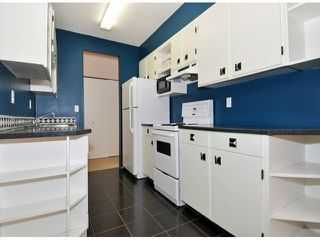 "Photo 5: 204 195 MARY Street in Port Moody: Port Moody Centre Condo for sale in ""VILLA MARQUIE"" : MLS®# V1107994"