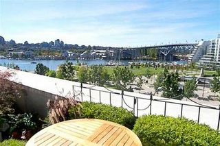 """Photo 2: 506 455 BEACH CR in Vancouver: False Creek North Condo for sale in """"PARKWEST I"""" (Vancouver West)  : MLS®# V609308"""