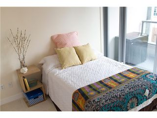 """Photo 6: 605 587 W 7TH Avenue in Vancouver: Fairview VW Condo for sale in """"THE AFFINITY"""" (Vancouver West)  : MLS®# V1117685"""