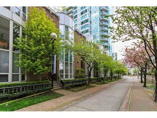 Main Photo: T07 1501 HOWE Street in Vancouver: Yaletown Townhouse for sale (Vancouver West)  : MLS®# V1118162