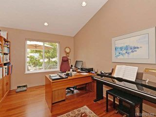 Photo 11: 669 Augusta Pl in COBBLE HILL: ML Cobble Hill House for sale (Malahat & Area)  : MLS®# 707102