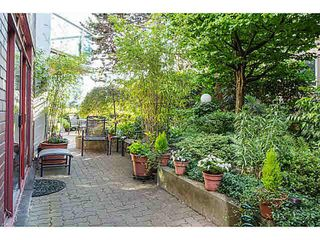 "Photo 11: 404 130 E 2ND Street in North Vancouver: Lower Lonsdale Condo for sale in ""THE OLYMPIC"" : MLS®# V1134065"