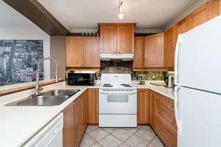 "Photo 4: 308 1438 PARKWAY Boulevard in Coquitlam: Westwood Plateau Condo for sale in ""MONTREAUX"" : MLS®# R2030496"