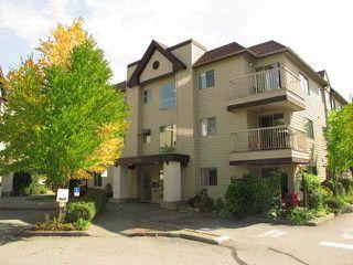 """Photo 1: A308 40100 WILLOW Crescent in Squamish: Garibaldi Estates Condo for sale in """"DIAMOND HEAD APARTMENTS"""" : MLS®# R2037091"""