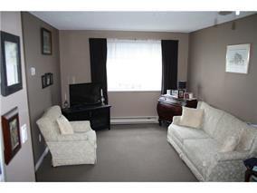 """Photo 2: A308 40100 WILLOW Crescent in Squamish: Garibaldi Estates Condo for sale in """"DIAMOND HEAD APARTMENTS"""" : MLS®# R2037091"""