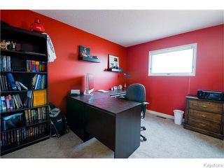 Photo 13: 213 Vince Leah Drive in Winnipeg: West Kildonan / Garden City Residential for sale (North West Winnipeg)  : MLS®# 1607168