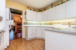"Photo 6: 8 8855 212 Street in Langley: Walnut Grove Townhouse for sale in ""GOLDEN RIDGE"" : MLS®# R2068226"