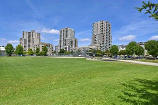 "Photo 20: 2006 5189 GASTON Street in Vancouver: Collingwood VE Condo for sale in ""MACGREGOR"" (Vancouver East)  : MLS®# R2087037"