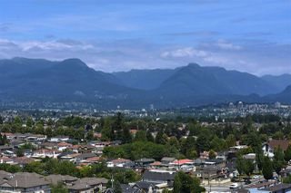 "Photo 17: 2006 5189 GASTON Street in Vancouver: Collingwood VE Condo for sale in ""MACGREGOR"" (Vancouver East)  : MLS®# R2087037"