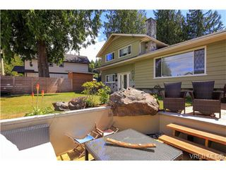Photo 2: 963 Walfred Rd in VICTORIA: La Walfred Single Family Detached for sale (Langford)  : MLS®# 736681