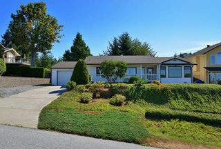 Main Photo: 4818 BLUEGROUSE Drive in Sechelt: Sechelt District House for sale (Sunshine Coast)  : MLS®# R2102013