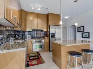 Photo 13: 3201 1189 MELVILLE Street in Vancouver: Coal Harbour Condo for sale (Vancouver West)  : MLS®# R2103601