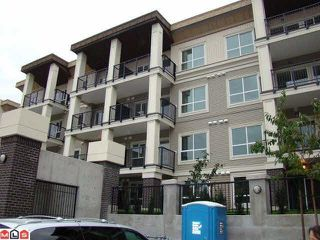 Photo 1: 102 9655 KING GEORGE Boulevard in Surrey: Whalley Condo for sale (North Surrey)  : MLS®# R2125024