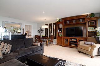"Photo 5: 44 2242 FOLKESTONE Way in West Vancouver: Panorama Village Condo for sale in ""Panorama Village"" : MLS®# R2129200"