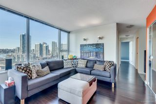 "Photo 4: 1705 33 SMITHE Street in Vancouver: Yaletown Condo for sale in ""COOPERS LOOKOUT"" (Vancouver West)  : MLS®# R2129827"