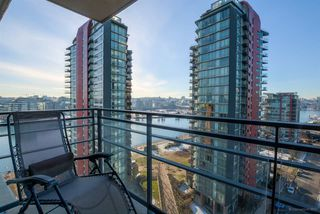 "Photo 8: 1705 33 SMITHE Street in Vancouver: Yaletown Condo for sale in ""COOPERS LOOKOUT"" (Vancouver West)  : MLS®# R2129827"