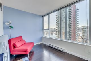 "Photo 10: 1705 33 SMITHE Street in Vancouver: Yaletown Condo for sale in ""COOPERS LOOKOUT"" (Vancouver West)  : MLS®# R2129827"