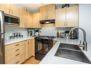 "Photo 4: 302 2988 SILVER SPRINGS Boulevard in Coquitlam: Westwood Plateau Condo for sale in ""TRILLIUM"" : MLS®# R2140342"