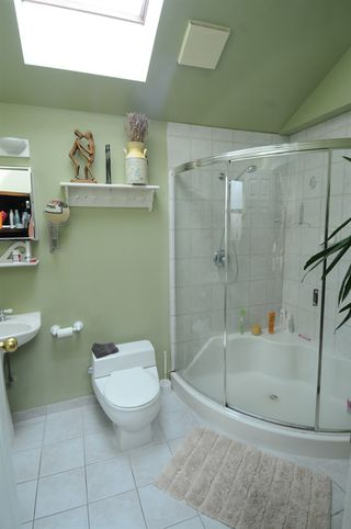Photo 9: 2562 POPLYNN Drive in North Vancouver: Westlynn House for sale : MLS®# R2156112