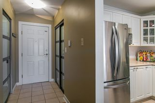 "Photo 2: 302 1085 W 17TH Street in North Vancouver: Pemberton NV Condo for sale in ""LLOYD REGENCY"" : MLS®# R2161114"