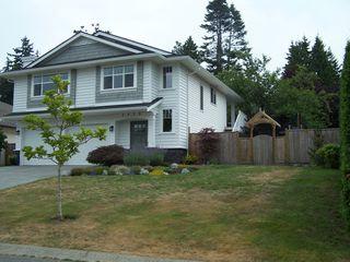 Photo 2: 2438 127B Street in South Surrey White Rock: Home for sale : MLS®# F2917927