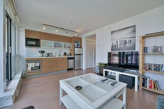 "Photo 9: 1403 13380 108 Avenue in Surrey: Whalley Condo for sale in ""CITY POINT"" (North Surrey)  : MLS®# R2197189"