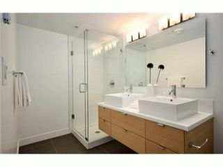 Photo 4: 1558 COMOX ST in Vancouver: West End VW Condo for sale (Vancouver West)  : MLS®# V969697